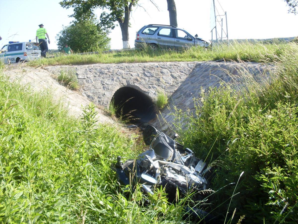 Dopravní nehoda motocyklisty Krouna.